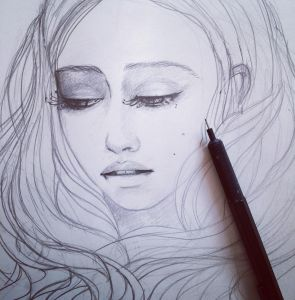 When you are inspired by a pic of the actress, but still try and change a bit the face to make it closer to your own idea of the character. Strange mix: ) Wip of daenerys khaleesi got7 gameofthrones got juneleeloo art artwork artoninstagram instaart...