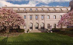 Bourse:  Anne L. Poulet Curatorial Fellowship, The Frick Collection