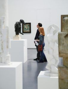 Appel à communications:  Curating the Contemporary in the Art Museum