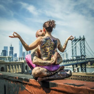 Yoga & the city:  le projet zen du photographe Alexey Wind