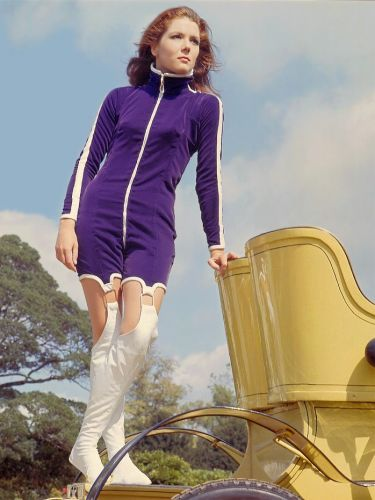 Diana Rigg 1966/09