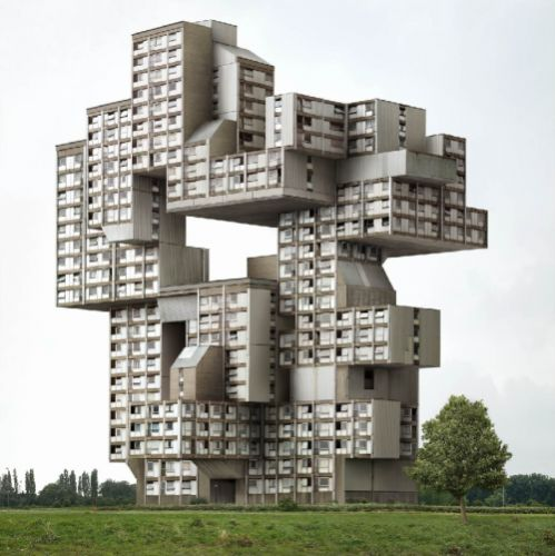 Filip Dujardin - Fictions Working with a set