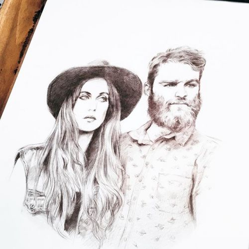 👋🏼Oh! I don't think i had shown this one to you. A portrait for my friend's wedding barbierdecesvilles i had done some time ago now. Col-erase. Hot pressed paper. One of the most gorgeous couple ever, don't you think? portrait pencilsketch